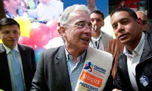 A Uribe se le apareció la virgen