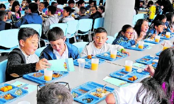 La alimentación de los escolares no podrá ser virtual