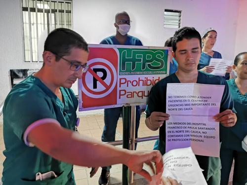 Médicos en Santander de Quilichao protestan por falta de apoyo para enfrentar Covid-19
