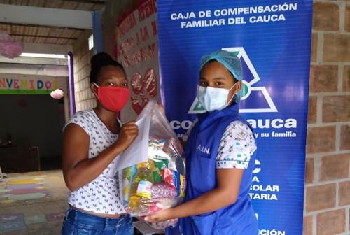 Ayudas a familias de Atención Integral a la Niñez Comfacauca