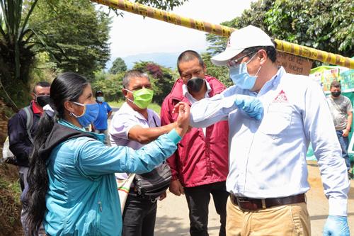 Entregan elementos de bioseguridad y desinfección a líderes comunitarios en el Cauca