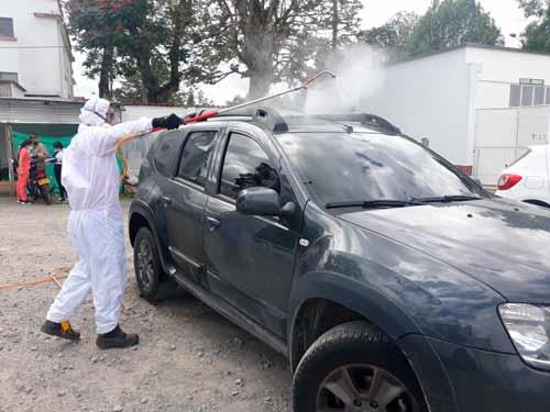 Jornada de desinfección vehicular en el HUSJ