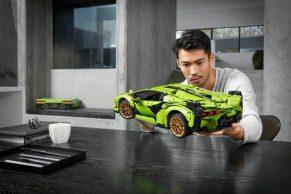 Lanzan-Lamborghini-en-lego..