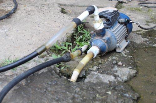 El agua sería potable pero se consume a riesgo