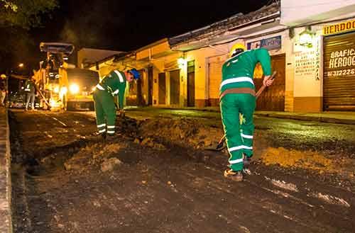 Reinician obras de reparcheo y mantenimiento vial
