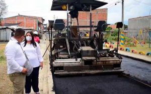 """Culminación obras de pavimentación calle """"La Primavera"""""""