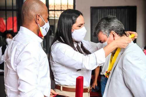 Entrega-de-reconocimientos-Cruz-del-Samán-en-Quilichao