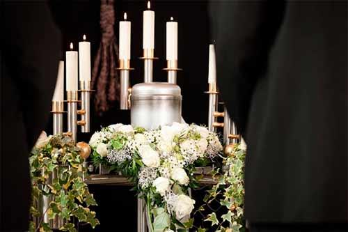 ¿Por qué las víctimas del Covid-19 son llevadas a cremación inmediata?