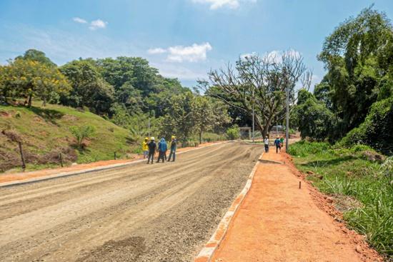 """Se reactivó la pavimentación de la """"Avenida Brasil"""" en Quilichao"""