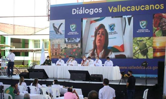 'Diálogos Vallecaucanos' priorizan infraestructura y fortalecimiento empresarial