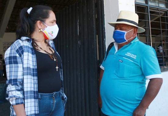Entregan insumos a familias cafeteras en Santander de Quilichao - Lucy Amparo Guzmán - Alcaldesa Municipal.