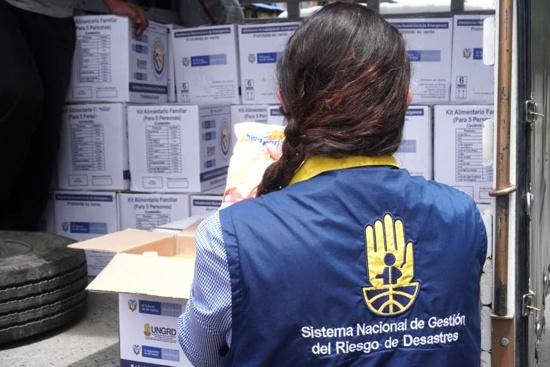 Entregan kits humanitarios para adultos mayores caucanos