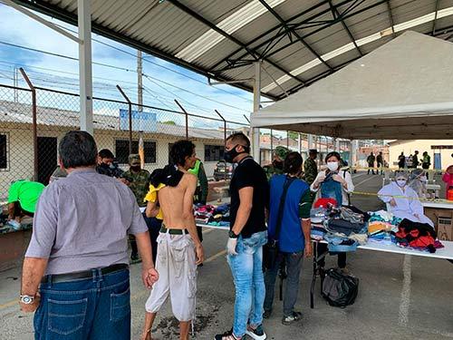 Habitantes de calle del Alfonso López se beneficiaron de brigada social