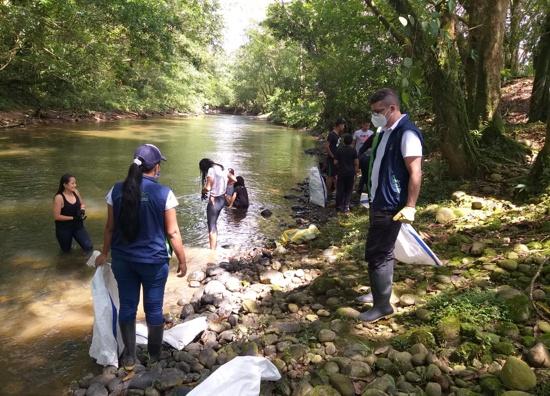Educación ambiental para proteger los recursos naturales en Piamonte