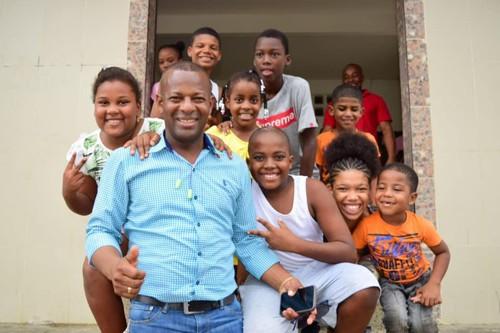 Primer gobernador afro del Cauca podría ser presidente de Colombia