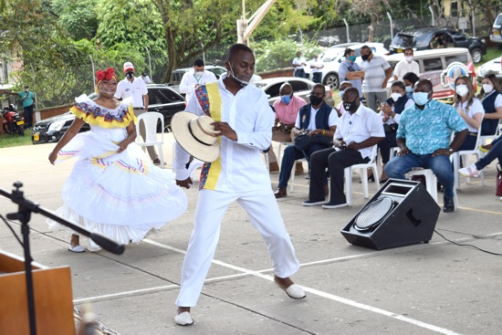 Presentación musical y artística en el Diálogo Social y Comunitario Avanzando en Quilichao