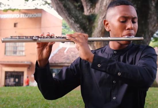 Sergio Valencia, el flautista de oro - Santander de Quilichao