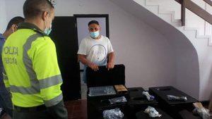 Entrega de equipos audiovisuales a la seccional de Tránsito de la Policía Metropolitana de Popayán