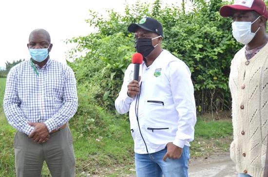 Alcalde Elmer Abonía entrega nueva obra para el progreso de Guachené - Vía Barragán - Caponera