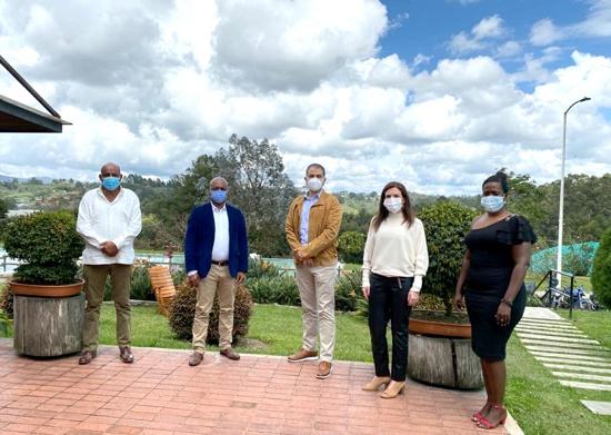 Alcalde de Guachené y Grupo Familia procuran solucionar conflicto tributario