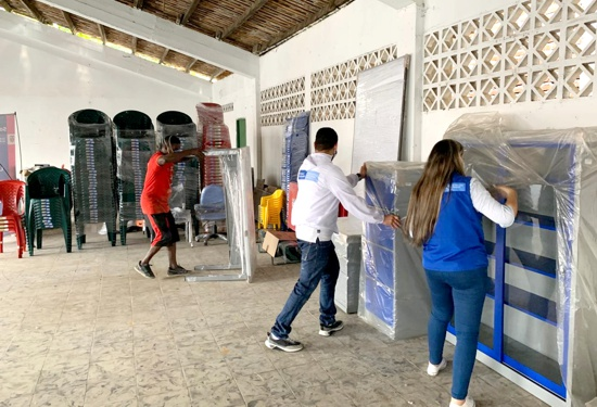 Familias desplazadas y reubicadas reciben dotación de mobiliario en Santander de Quilichao