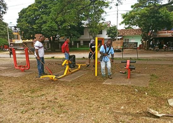 Jornada de limpieza y desinfección a parques biosaludables de Santander de Quilichao