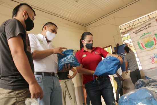 Kits de aseo y bioseguridad para migrantes venezolanos en Corinto
