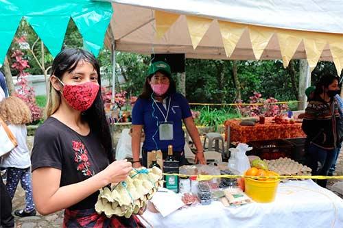 Unicauca y Festival de la Cosecha de los mercados orgánicos y agroecológicos se unen para alimentar estudiantes