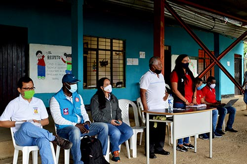 Alcaldesa de Santander de Quilichao en compañía de su equipo de gobierno visitaron la vereda San Isidro