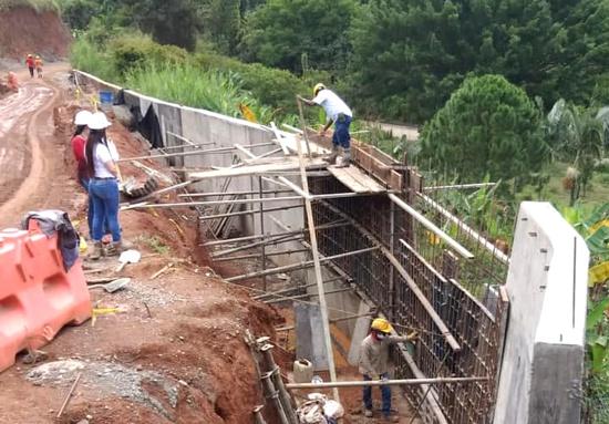 Avanza pavimentación de vía San Pedro – La Palomera en Quilichao