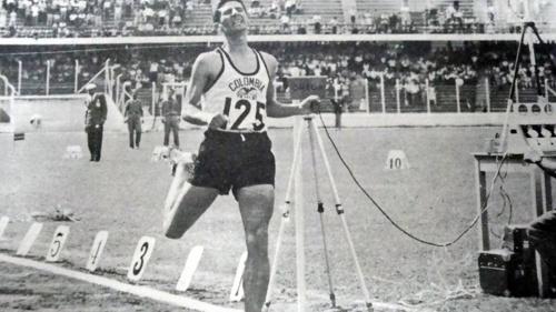 Adiós a Álvaro Mejía, el inspirador atleta superior