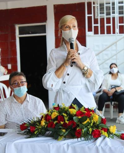 Dilian FranciscaToro en compañia del representante a la camára John Jairo Cardenas - Partido de la U