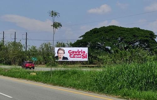 En vallas le piden el sí a Gaviria
