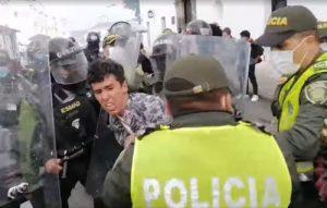 Nuevos atropellos de la Policía en Popayán