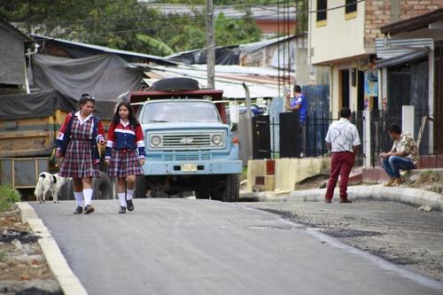 """""""Pavimento en tu Barrio"""" seleccionado como la iniciativa más importante."""