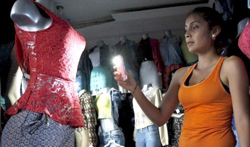Viacrucis en Puerto Tejada por fallas en el servicio de energía