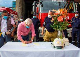 En Popayán se firmó convenio para garantizar más recursos económicos a bomberos