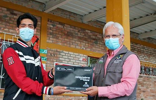 Alcaldía de Popayán entregó 642 computadores a instituciones educativas