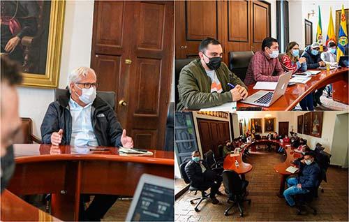 Alcaldía socializó a comunidad rural los avances a proyectos de inversión