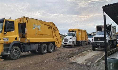 Denuncian que vehículos recolectores estarían botando basura en Puerto Tejada