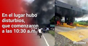 Manifestantes incendiaron peaje y bácula en Villarrica