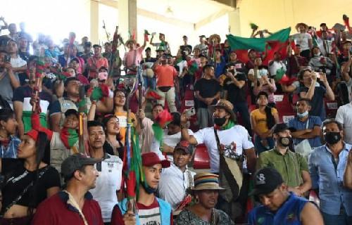 Matrícula gratis y regreso de indígenas al Cauca