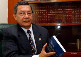 """Rosember Pabón, """"comandante uno"""" propone un Benidorm con Petro y Uribe"""