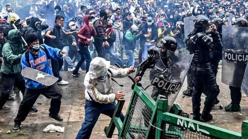 Académicos del mundo denuncian la grave situación en Colombia