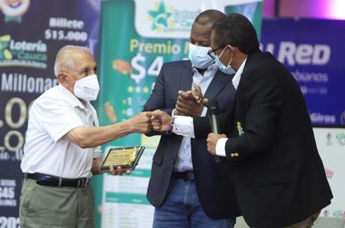 Con pipilongo, Baterimba y alegría desbordante, se lanzó nuevo Plan de Premios de la Lotería del Cauca
