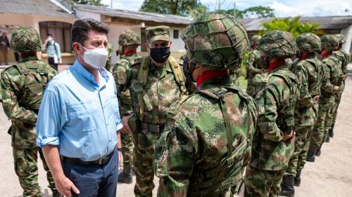 Distorsiones jurídicas de la Asistencia Militar