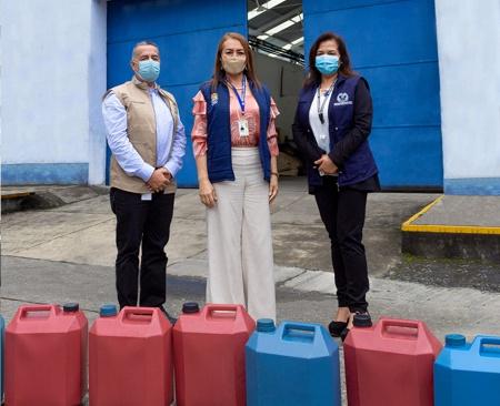 Licorera del Cauca entregó alcohol para prevenir el Covid 19