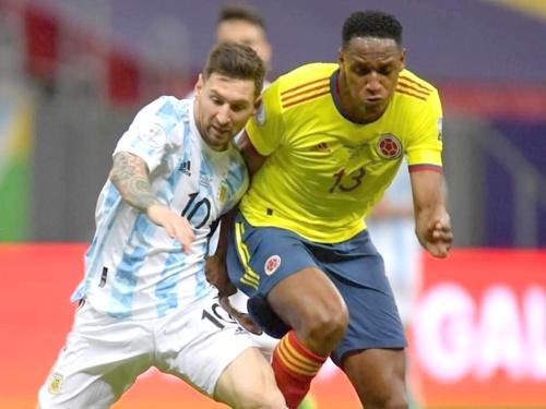 Messi y Yerry Mina