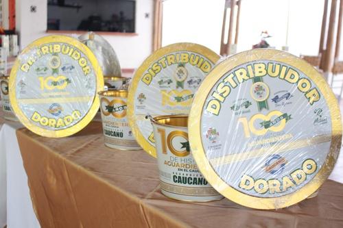 Premios a los distribuidores dorados de Aguardiente Caucano en Santander de Quilichao