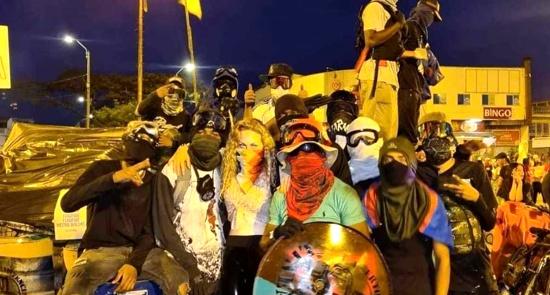 Protestar en Colombia es un delito: Expulsada alemana que apoyó el Paro Nacional.